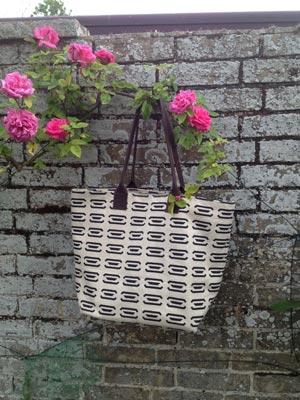 Bag-in-Ingot-Ebony